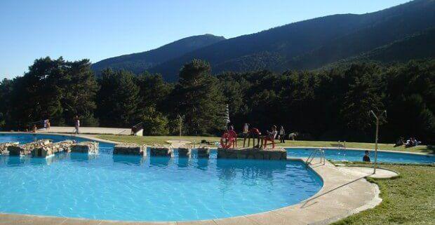 Las piscinas naturales m s cercanas a nuestros for Piscinas naturales castilla y leon
